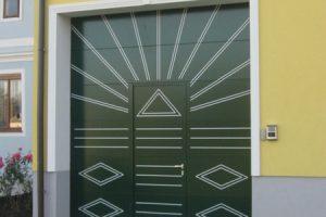 Guttomat_Porte-garage-personnalisée